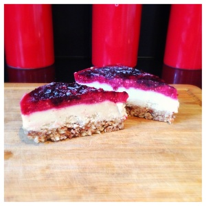 Raw Vanilla Protein Cheesecake with Berry jelly top