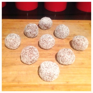 Berry protein Balls