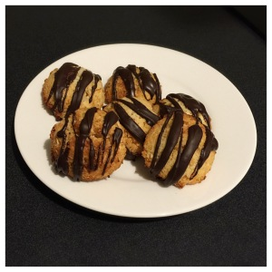 Coconut and Apricot Macaroons