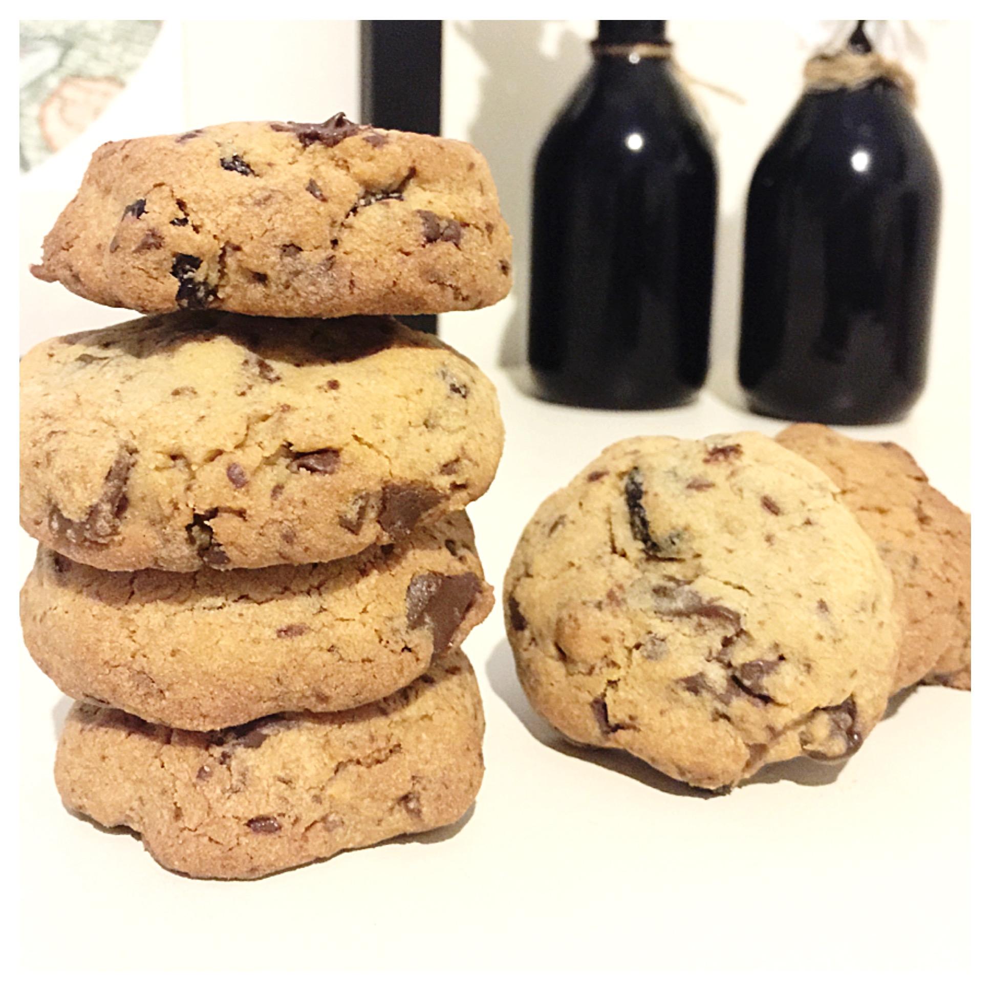 Dark Chocolate Cranberry Cookies | journeythatislife