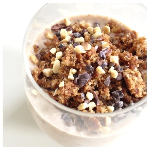 Snickers Smoothie with crumble topping 1